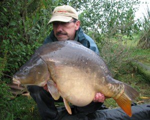 23-12 gutty mirror